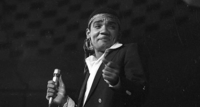 Sinfônica de Cubatão homenageia Simonal e Taiguara