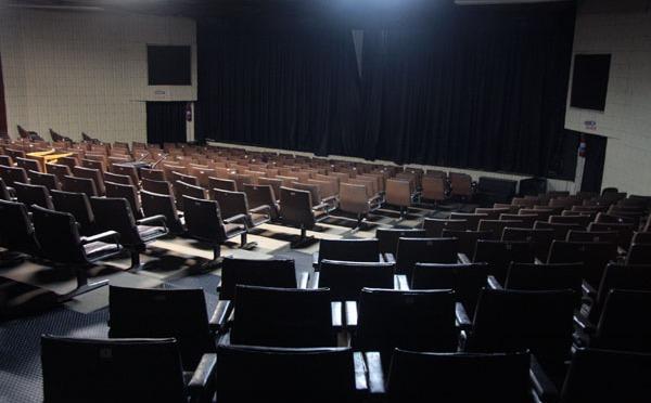 Teatro Procópio Ferreira de Guarujá tem reforma concluída