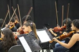 orquestra-do-programa-bec-se-apresenta-no-bloco-cultural-9308