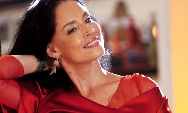 Sonia Braga recebe homenagem no Sesc Santos