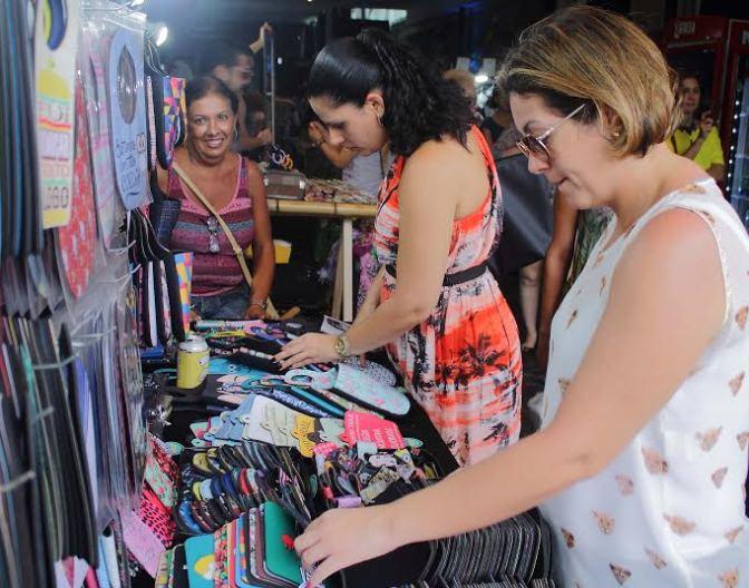 Bazar Cafofo marca presença no Cassino Lounge neste domingo