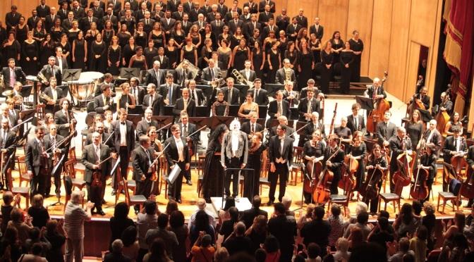 Agenda: Orquestra em Santos, teatro de rua e cinema
