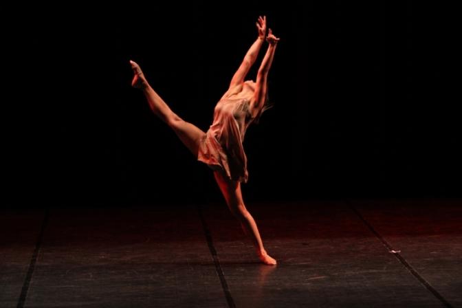 Dança da Sinfônica de Cubatão tem 6 coreografias selecionadas para o Festidança