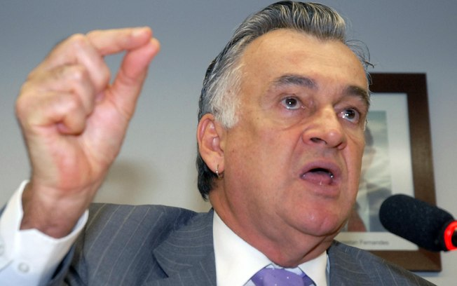 'É ponto de partida orçamento baixo', afirma ministro da Cultura Juca Ferreira