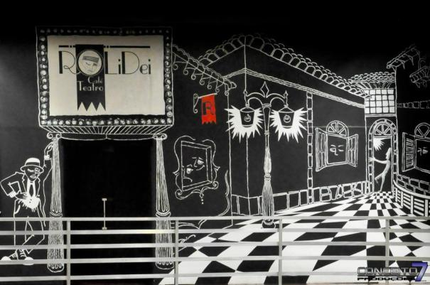 Café Rolidei tem leitura dramática da peça 'Ou Tudo ou Nada' domingo