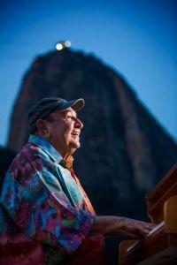 RG - 26/06/2014 - Rio de Janeiro (RJ) - EXCLUSIVO - O pianista Joao Donato faz 80 anos. Foto Fabio Seixo Ag O Globo