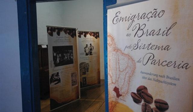 'Emigração ao Brasil pelo Sistema de Parceria' é exposta em Bertioga