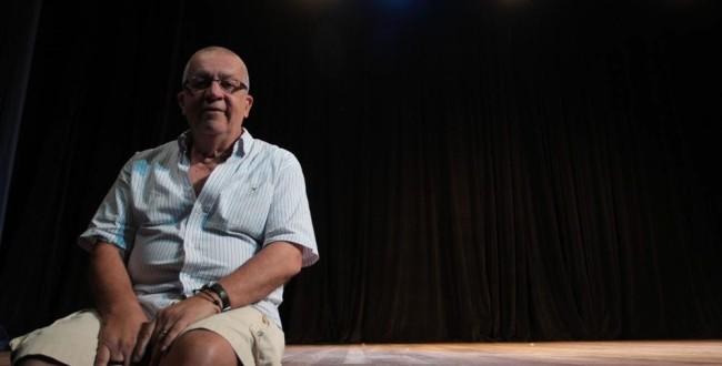 No Guarany, EAC Wilson Geraldo faz exercícios cênicos e homenageia Roberto Peres