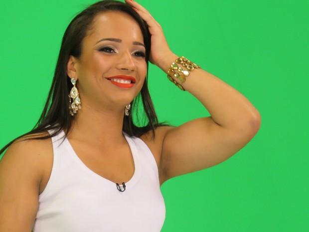 Danielle Santana é a 'Musa Santista da Grande Rio'