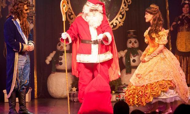 'Natal da Bela e da Fera' é dica no Teatro Braz Cubas