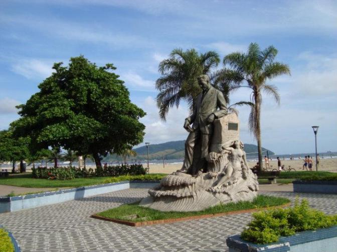 'Leia Santos ' celebra os 150 anos de Vicente de Carvalho na orla