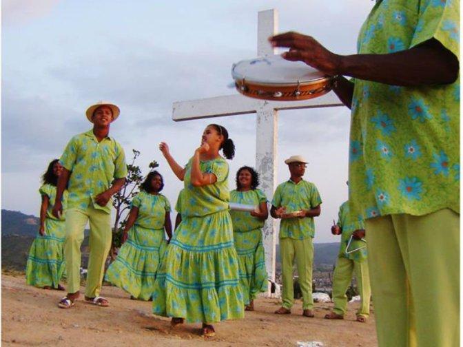 Circuito Sesc de Artes leva oficina 'Samba de Coco' para São Vicente