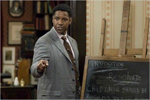 Cine Comunidade debate o preconceito racial nesta sexta