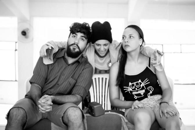Comédia teatral tem pré-estreia gratuita em SV