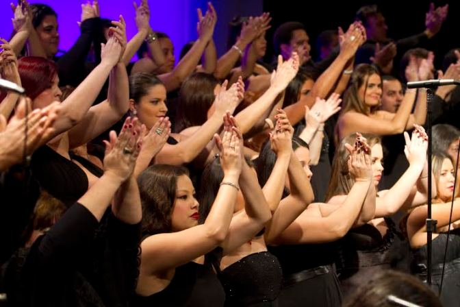 No Dia das Mães, Coral Zanzalá na Concha Acústica