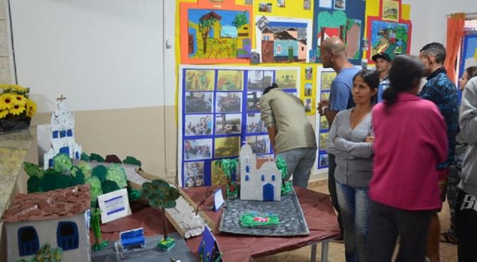 Maquetes de pontos turísticos de Itanhaém revelam criatividade infantil