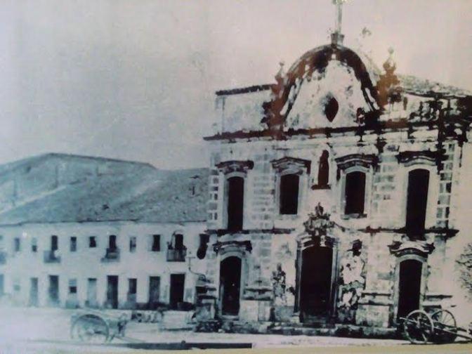 Casa do Trem Bélico recebe mostra 'Santos de Brás Cubas'