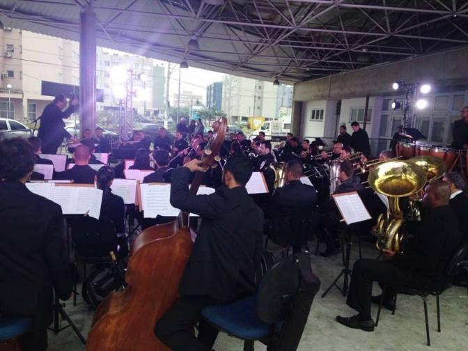 Banda Marcial e Zanzalá abrem as homenagens à padroeira de Cubatão