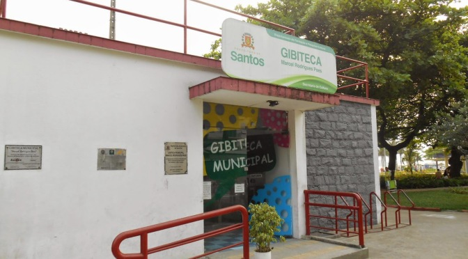 Workshop 'Resenha ou Crítica – Falando Mal de HQs… com estilo' na Gibiteca de Santos