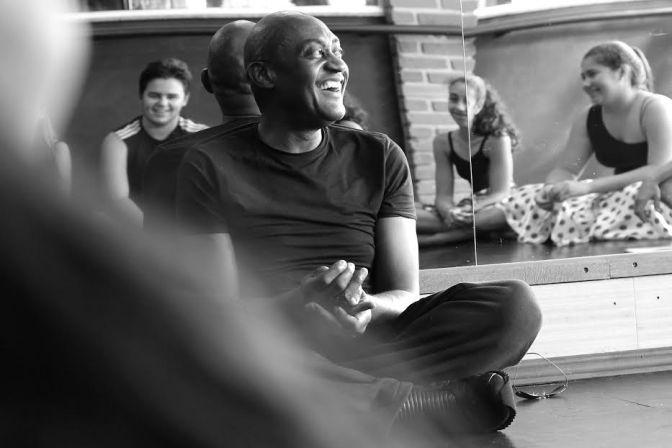 Bailarino Internacional Ismael Ivo visita grupo de dança Cia 5 de Santos