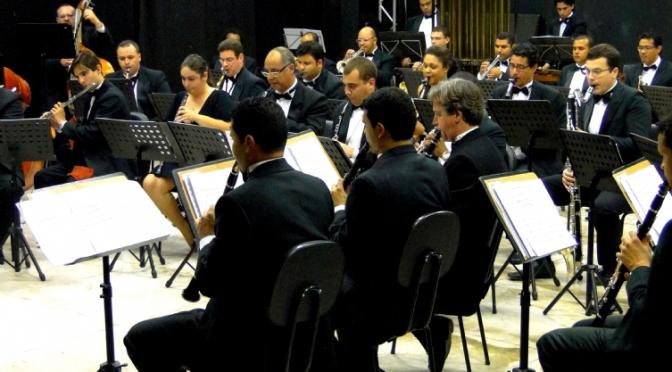 Sinfônica reúne música clássica e teatro em apresentação para crianças