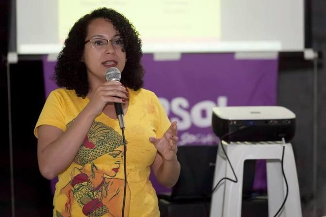 Entrevista: Débora Camilo (PSOL) aborda sobre políticas culturais de Santos