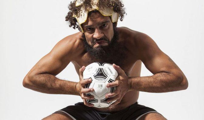 Com temática de futebol, peça de Plínio Marcos é apresentada no Tescom