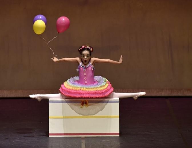 Arabesque Studio de Cubatão apresenta 'A Magia do Circo' em Santos
