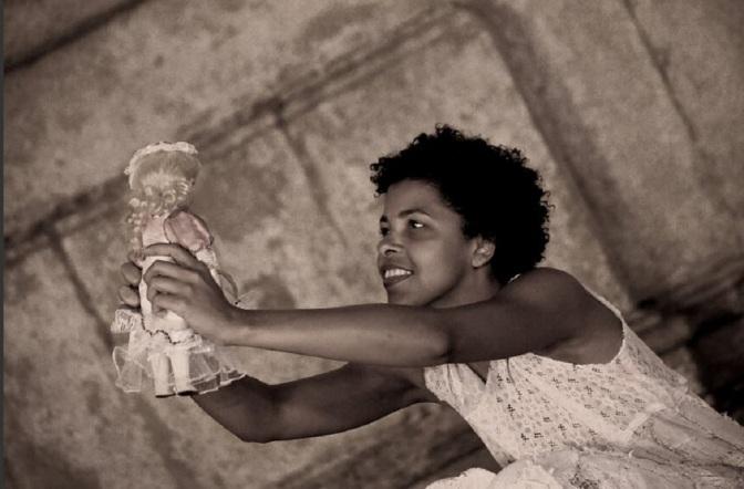 Cia do Imaginário encena 'Negrinha' nesta sexta-feira no Novo Anilinas