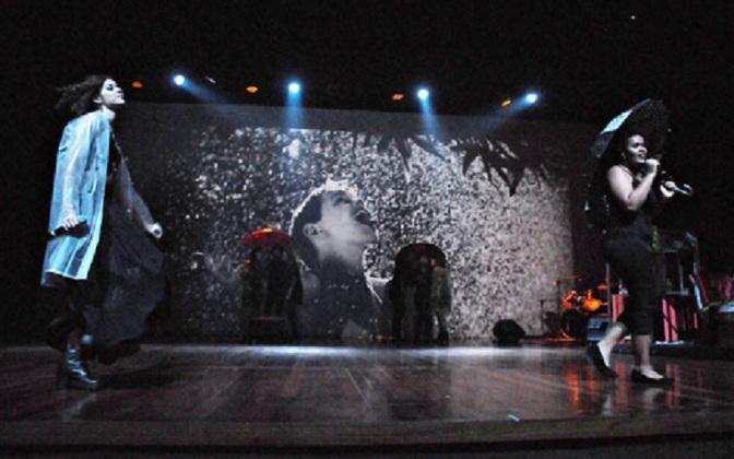 Musical gratuito 'Eduardo e Mônica' celebra o amor no PDA