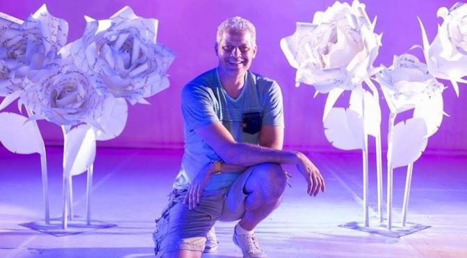 Mais de 40 expositores, cinema, DJs e flores gigantes no Bazar Cafofo