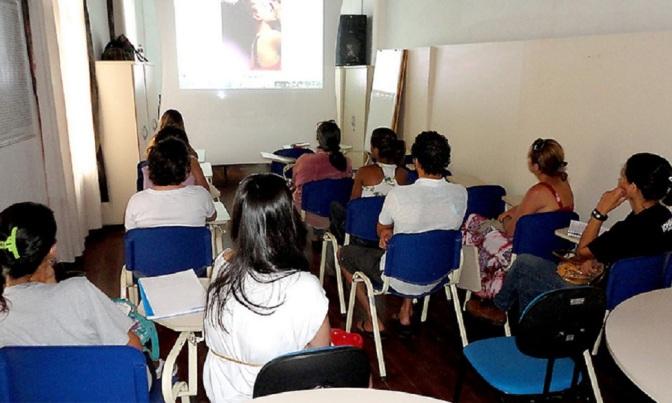 Gabinete de Leitura de Itanhaém recebe oficina de fotografia nesta sexta
