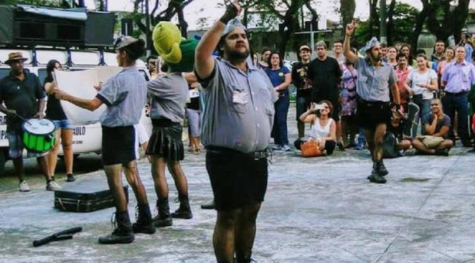 Artistas ao lado dos servidores públicos da Baixada Santista