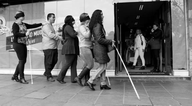 Exposição fotográfica 'Marcha Cega' estará na Estação da Cidadania