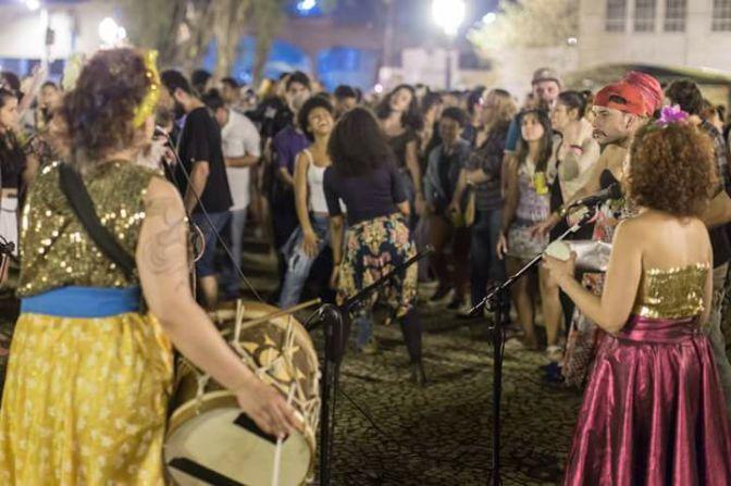 Coco de Garrafada e Coco de Oyá juntos no Bar Porto Brasil