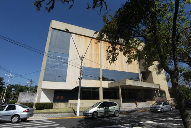 Prédio do teatro de Cubatão pode se tornar complexo de saúde