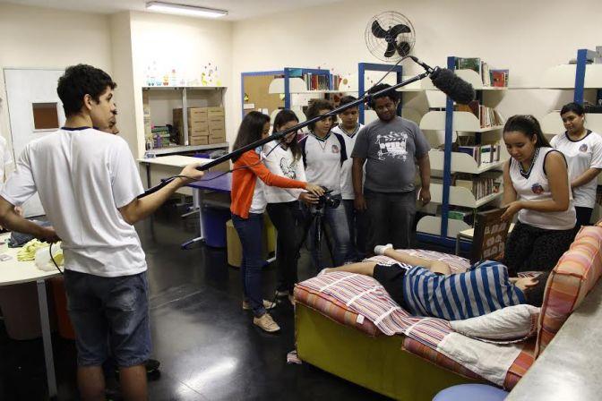 Projeto Querô na Escola alcança 100 mil inscritos no YouTube