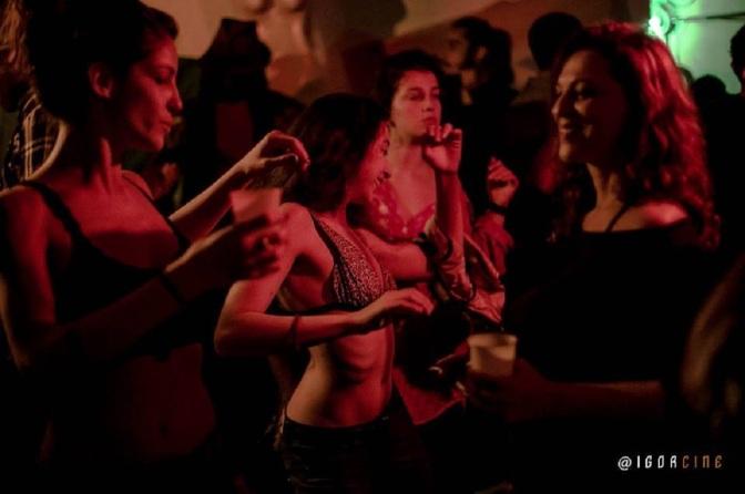 Festa 'Inferninho Ferve' agita o Buraco's Resistência Cultural