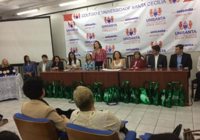 Curso de Formação de Escritores conquista Troféu ProLer