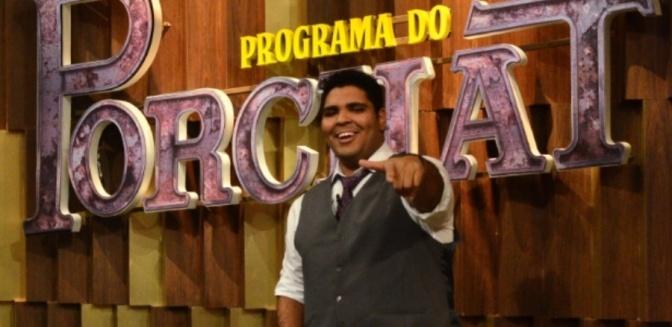 Com solo de humor, Paulo Vieira se apresenta pela primeira vez em Cubatão