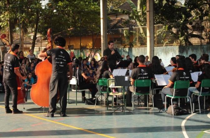 Na Semana da Criança, Cubatão Sinfonia embala o Parque Anilinas