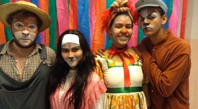 'Os Músicos Saltimbancos' entram em temporada no Galpão Cultural