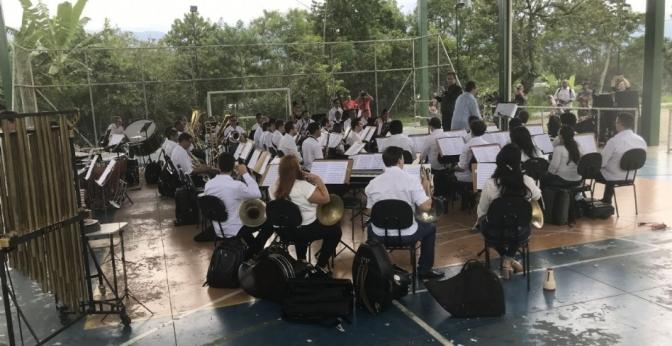 Sinfônica de Cubatão leva 'Música nos Bairros' ao Vale Verde