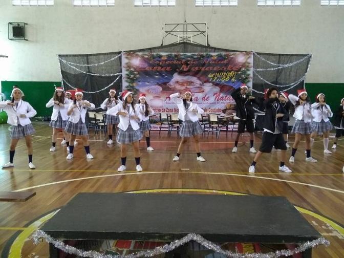 Coletivos de dança celebram o Natal na Zona Noroeste
