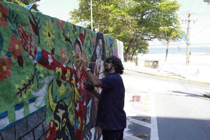 Projeto Arte Consciente leva muralismo até 'Sobre as Ondas'