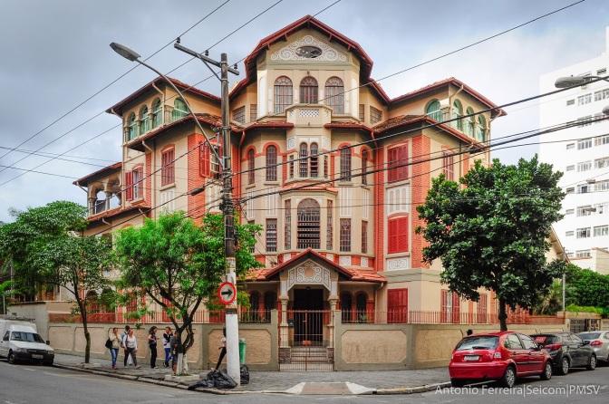 Vila inglesa preserva história no Centro de São Vicente