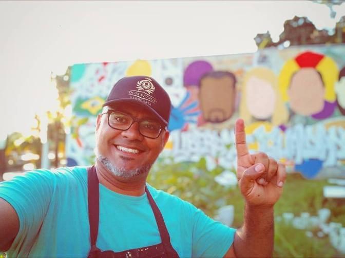 Morro do São Bento ganha mural de arte urbana sobre direitos humanos