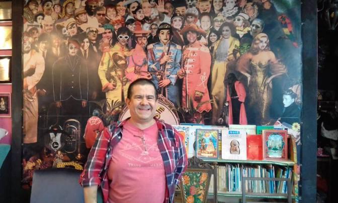 Flávio Viegas Amoreira ministra oficina literária nesta sexta