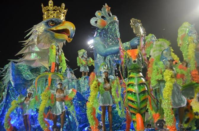 Em Santos, venda dos ingressos para desfile de Carnaval inicia dia 6