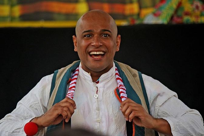 #ManufaturaDeMonólogos: 'Benjamin' aborda circo-teatro e identidade negra